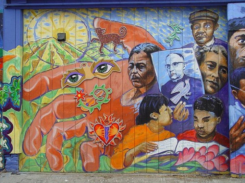 Photo by Franco Folini. Published under Creative Commons license. Mural: Tribute to Archbishop Oscar Romero by Jamie Morgan, 2001, Balmy Alley, San Francisco.