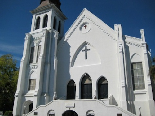 Photo of Emanuel AME Church by xx, published under Creative Commons license.