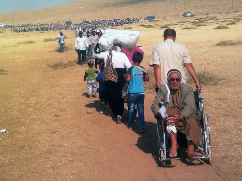 Photo of Syrian refugees fleeing to Turkey in 2014, by European Commission DGEcho, published under Creative Commons license.